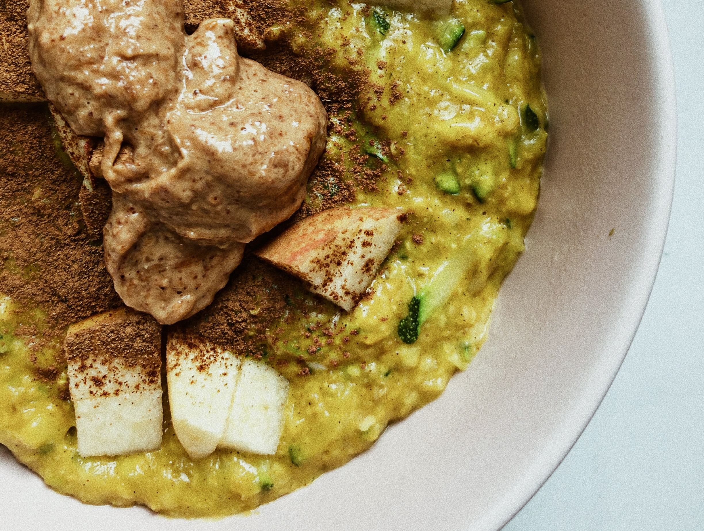 Turmeric Peanut Butter Oatmeal with Zucchini